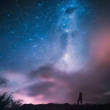 Una paisaje de estrellas en las faldas d