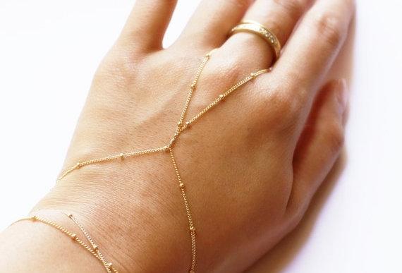 Hand Chain Bolinhas