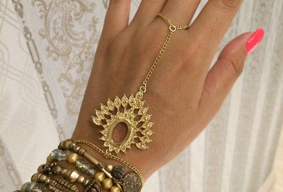 Hand Chain Luxury