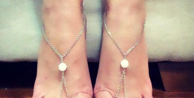 Barefoot Chain Pearl