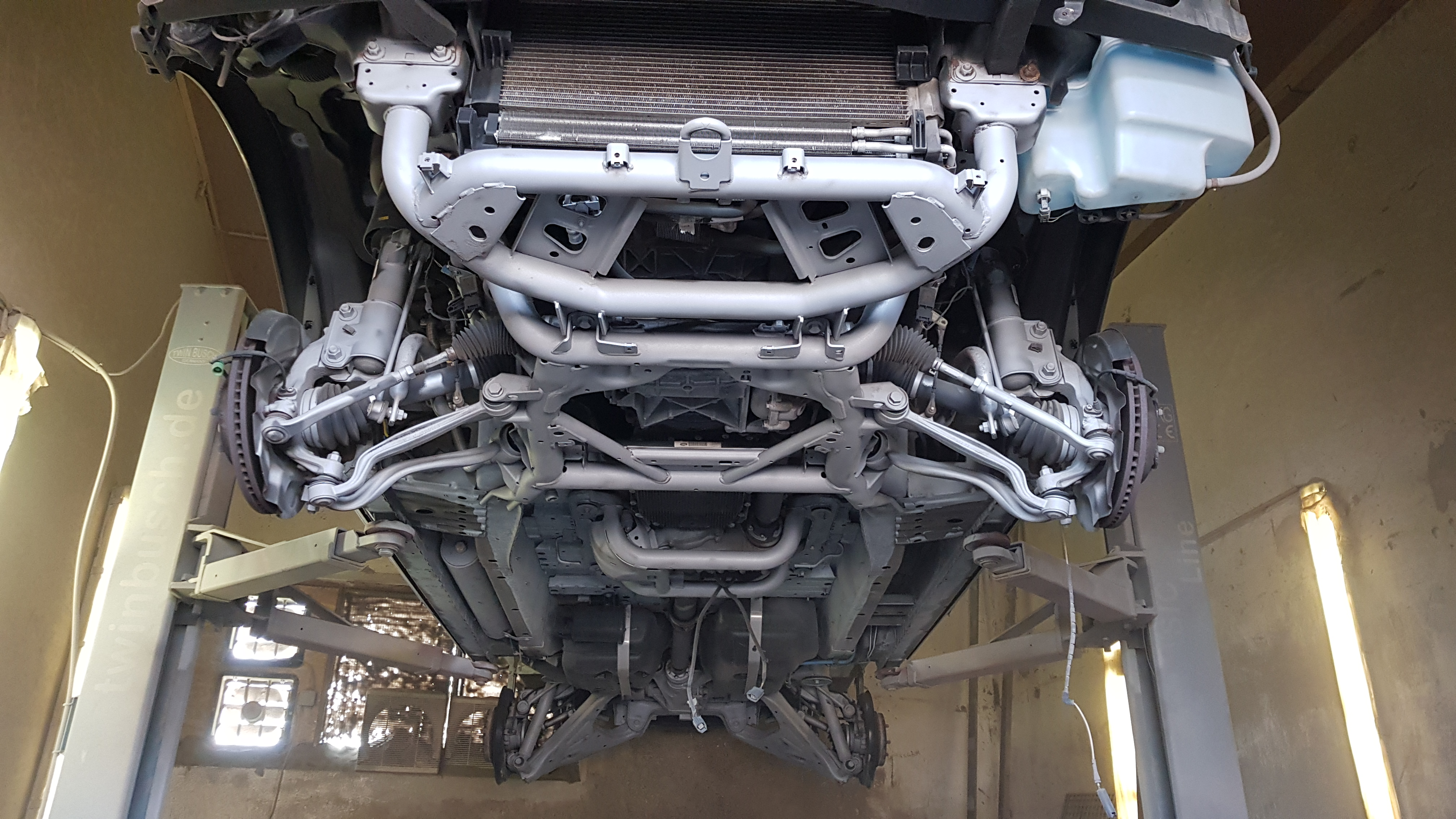 Land Rover gestrahlt