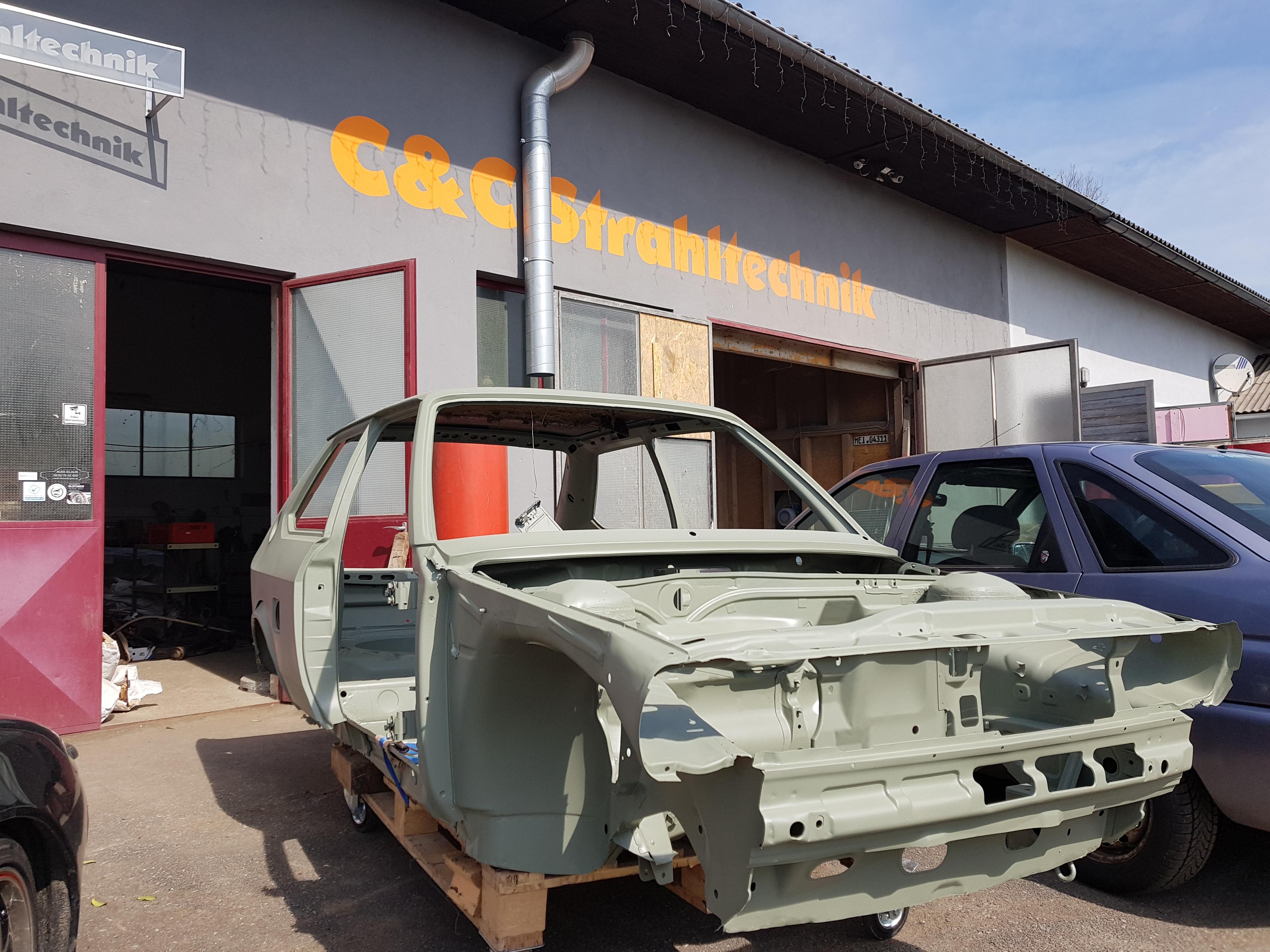 Audi 50 gestrahlt