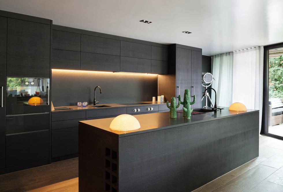 Extra Modern Kitchen Design