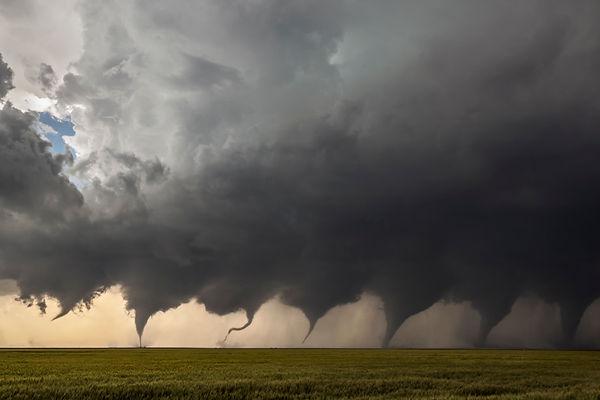 Evolution_of_a_Tornado.jpg