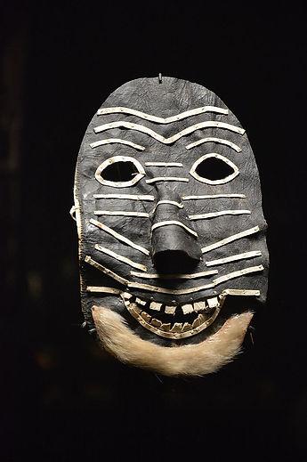 Masque_kiiappaat,_1,_Musée_du_quai_Branl