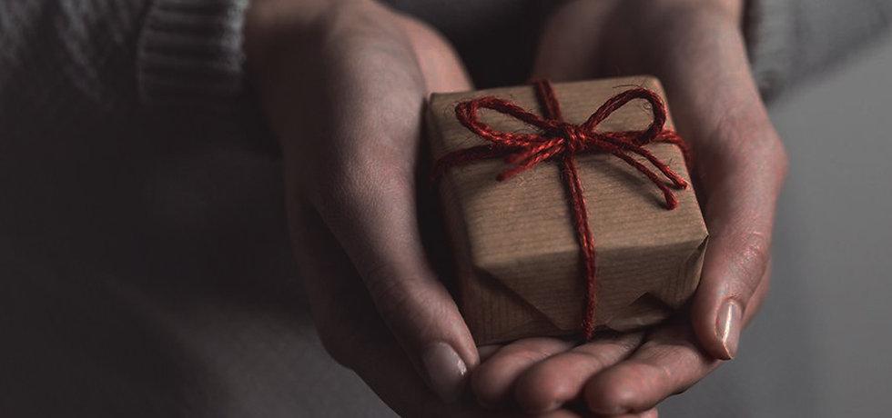 personalised-gifts-hero.jpg