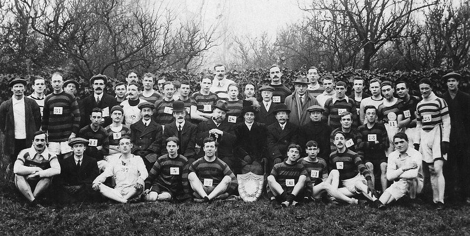 1914 Blackstaffe Shield, Raynes Park.jpg
