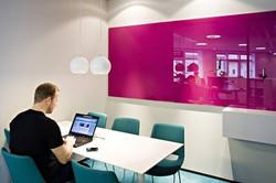 lousa-vidro-cores-rosa-oficinadevidros60