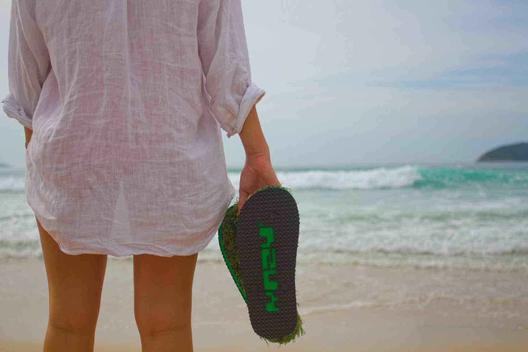 KUSA Beach Girl