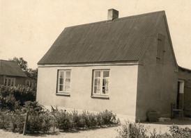 Haus Am Sportplatz 1955.jpg