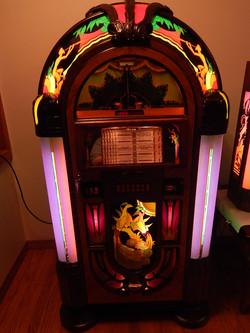 Antique Apparatus 45rpm peacock 03-13-2015 024.JPG