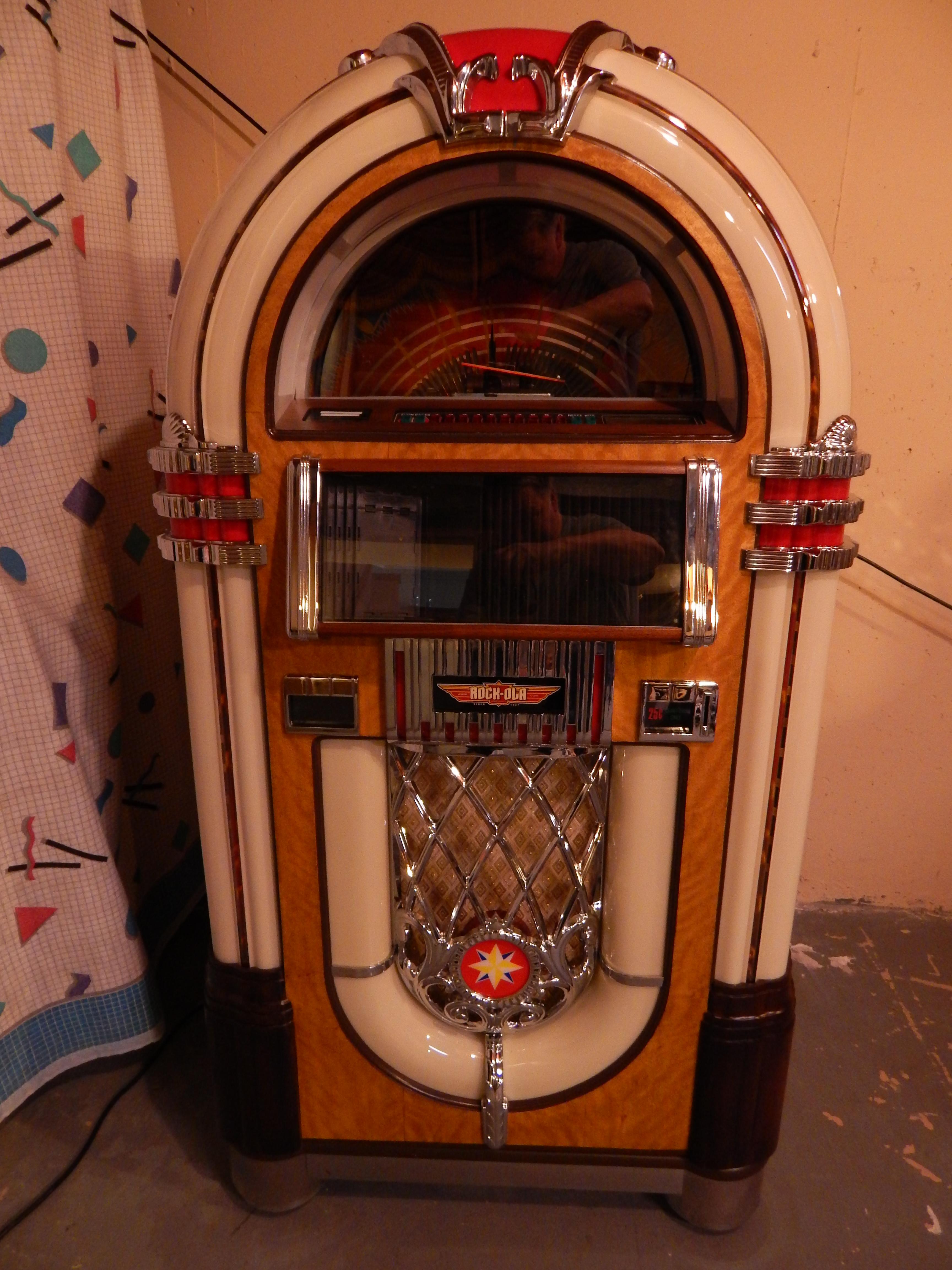 2003 Rockola CD8B 059.JPG