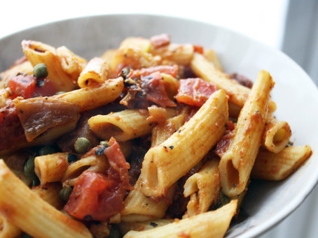 Penne Topped with Tomato, Red Pepper, and Capers