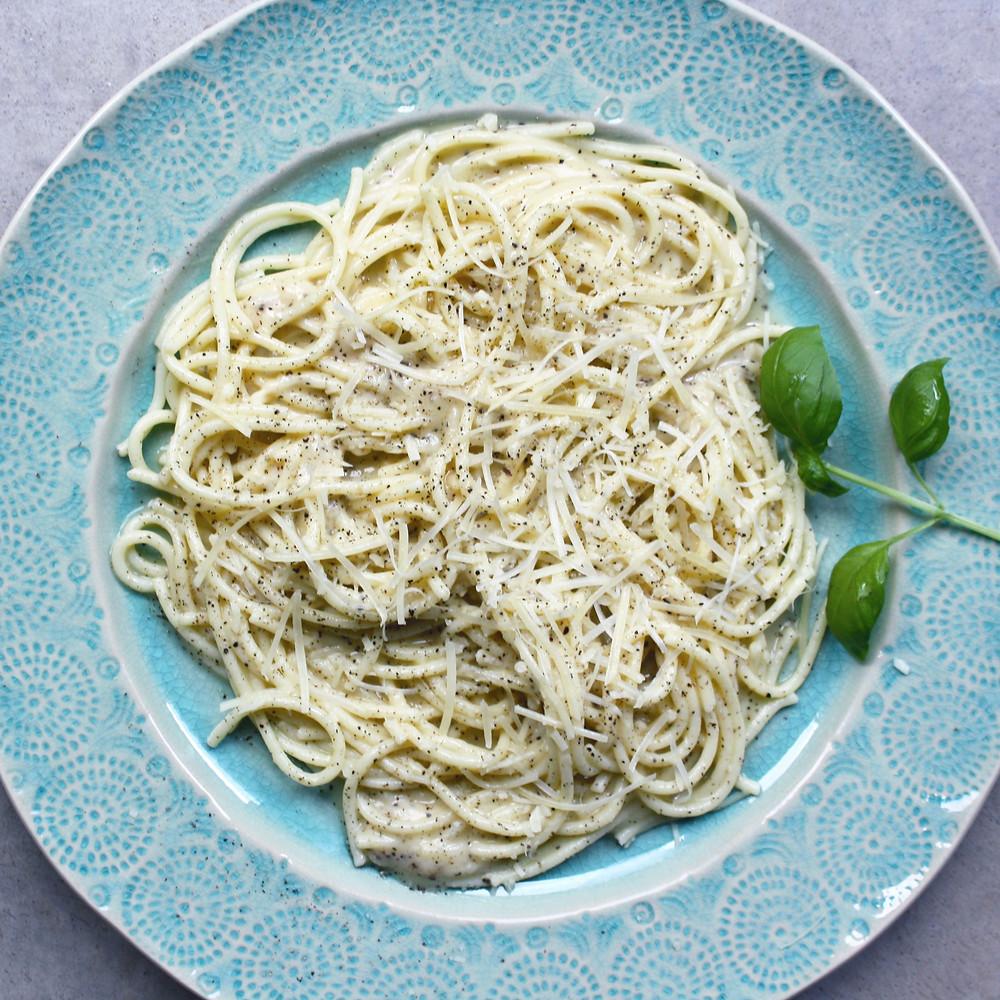 Cacio e pepe with gluten-free spaghetti noodles