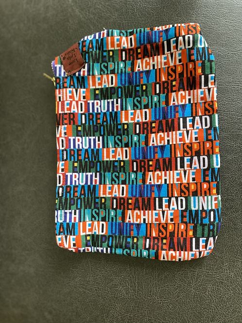 Leader pouch