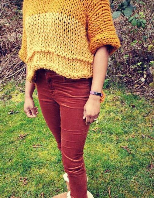 Lola Crop sweater