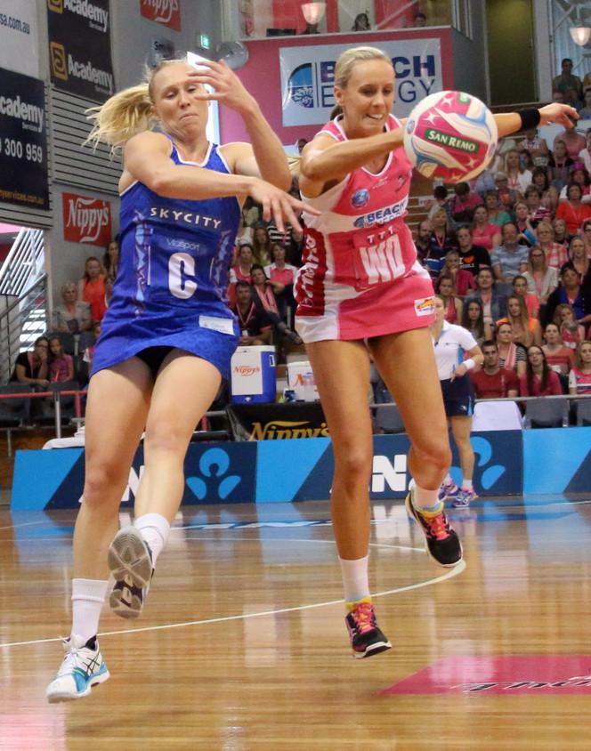Aussie Carla turns the match