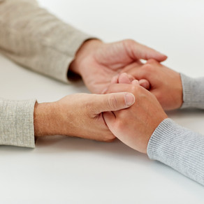 How to Support Someone Who's Going through a Rough Time