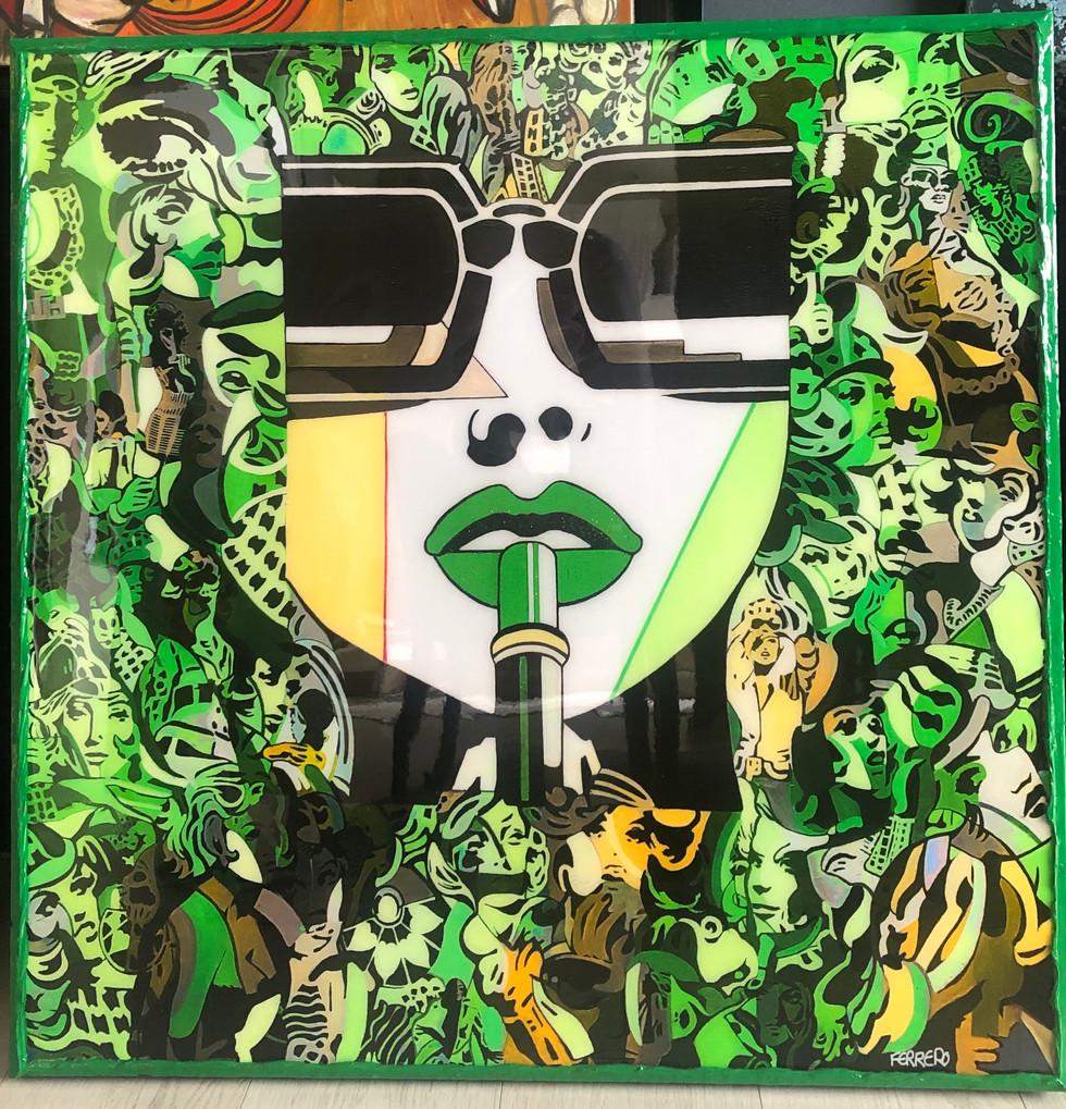 Lipstick classic green