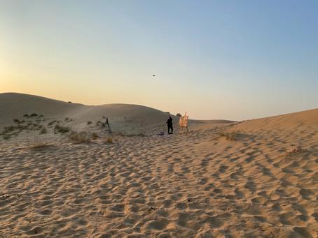 Peindre dans des lieux insolites : Novembre 2020 dans le désert de Dubaï...