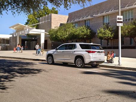 Encuesta de regreso a clases revela preocupación de padres al conducir
