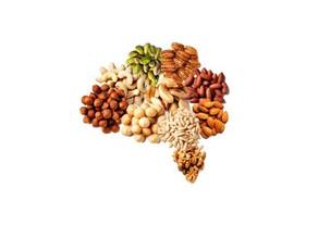 Los secretos de los frutos secos para la tercera edad