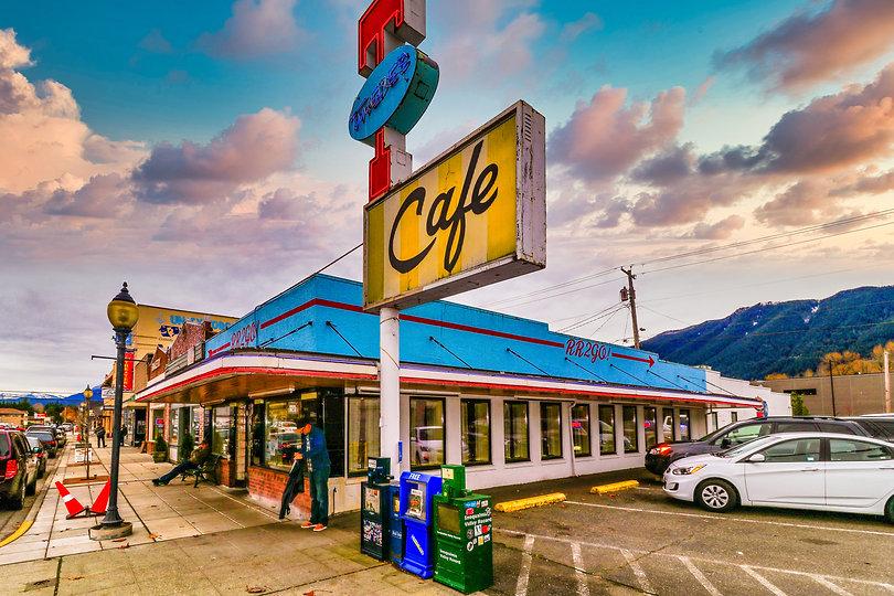 Twin Peaks-1.jpg