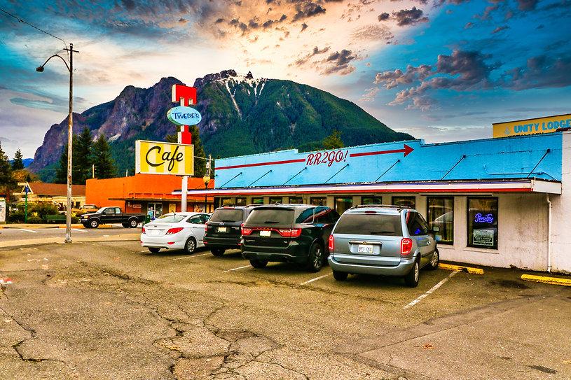 Twin Peaks-2.jpg