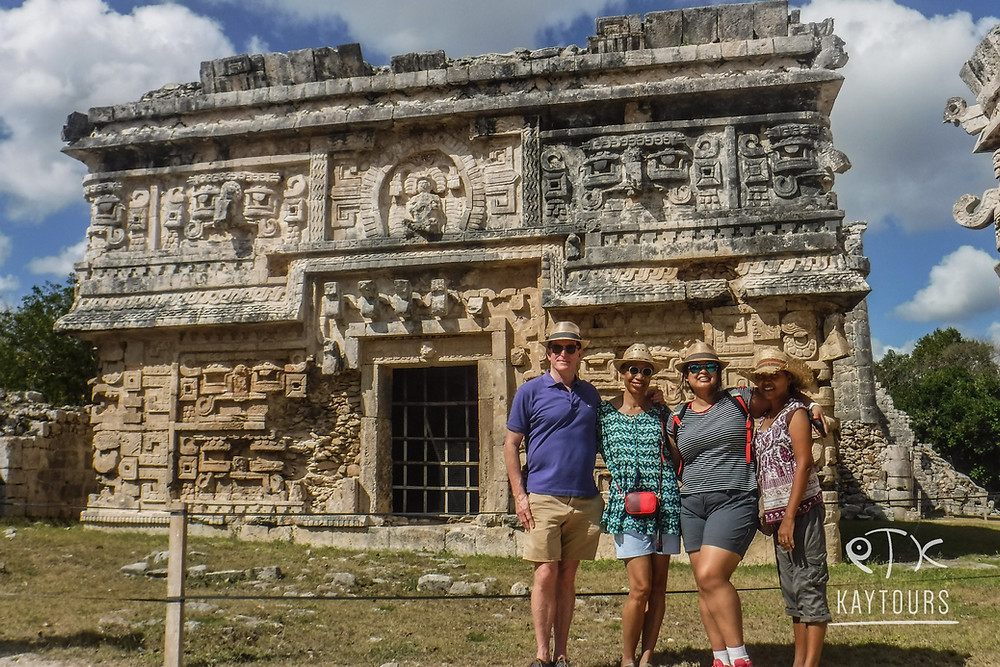 Happy guests on a Riviera Maya Excursion the Chichen Itza tour. with Kay tours