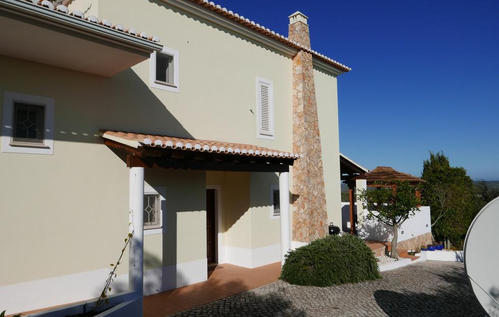 Villa rear 09.JPG