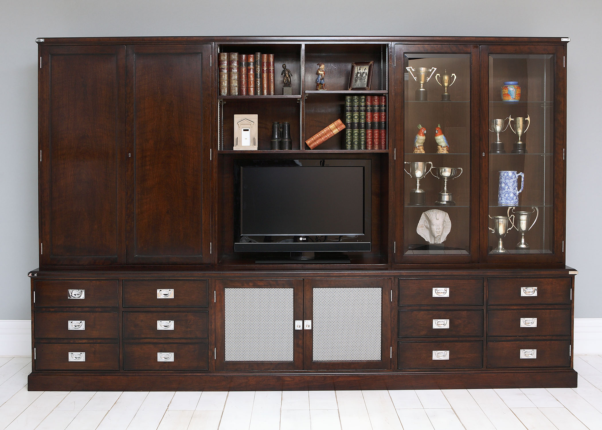 Military Wall Unit 13
