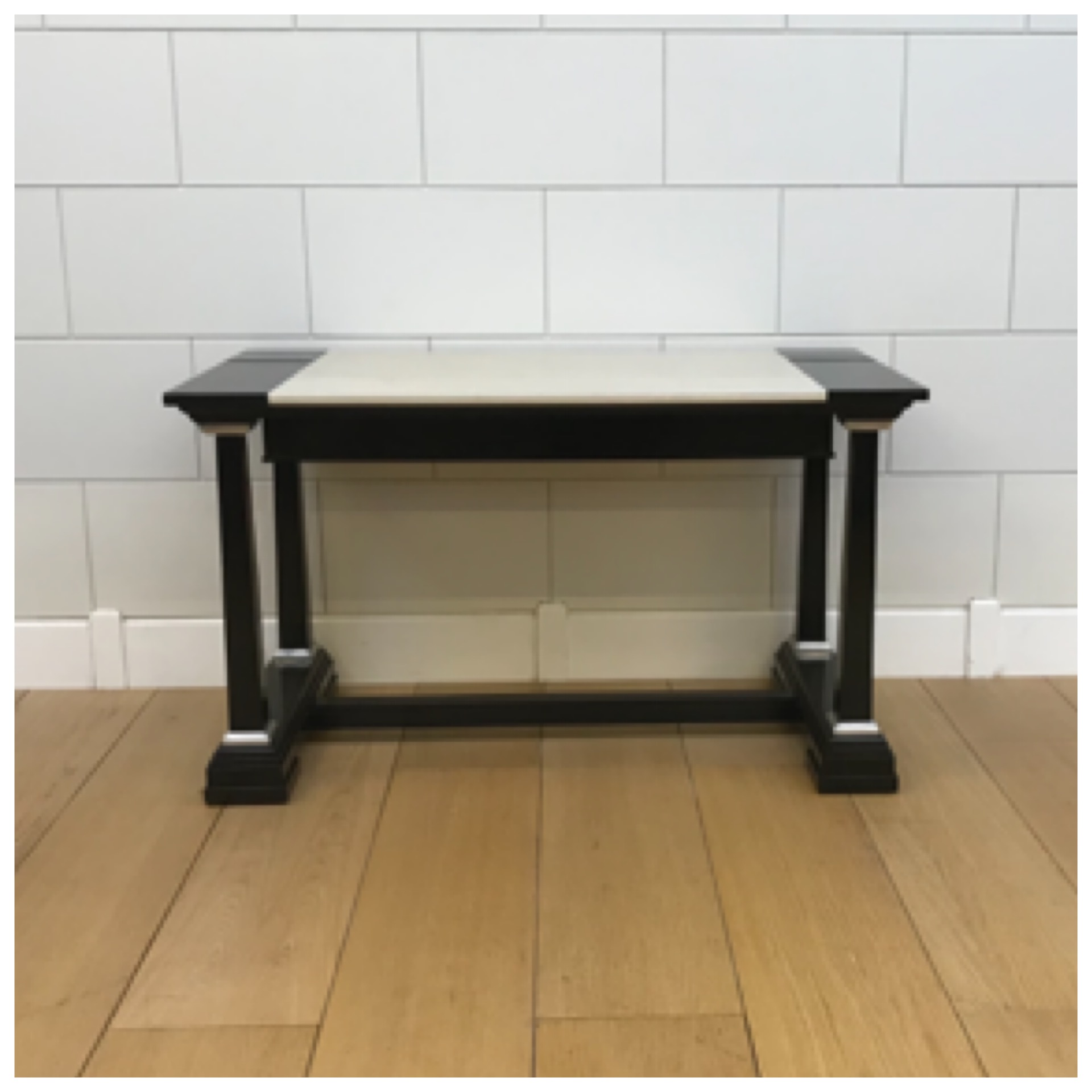 Sale Price: £620