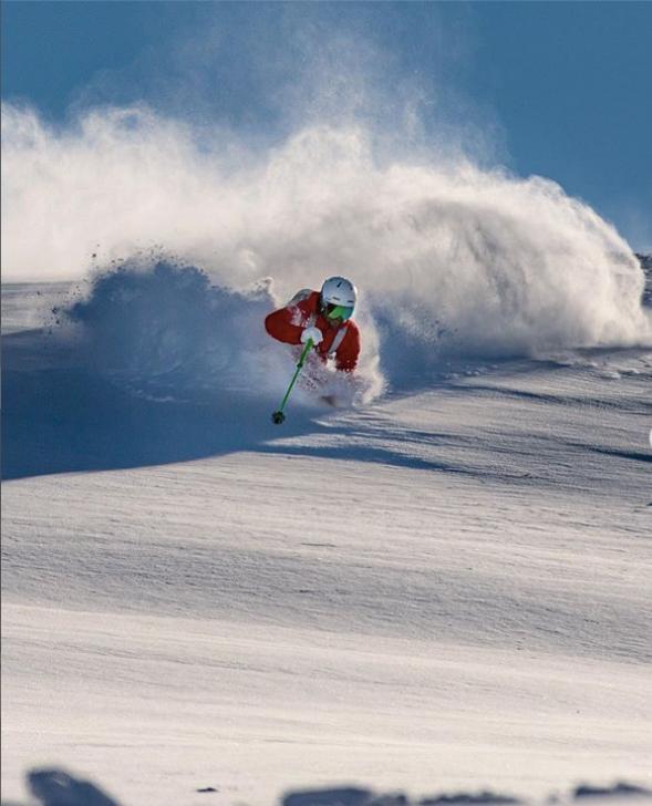 Alpine Course Powder Skiing
