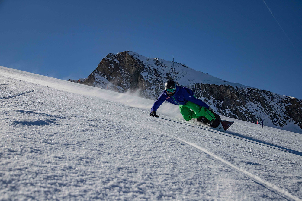 Snowboard Instructor Course Carving