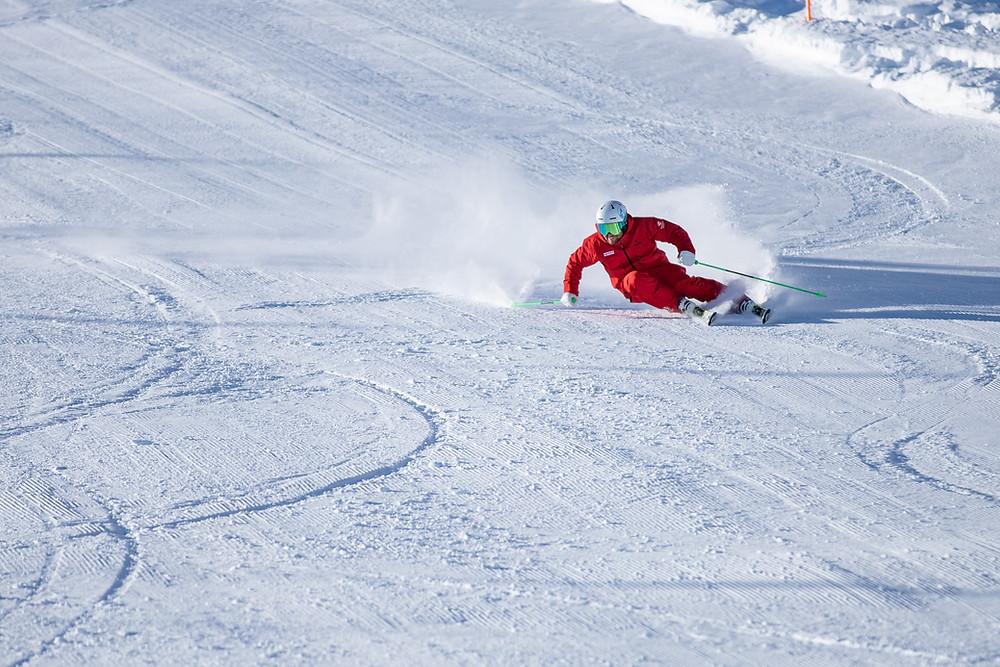 Carving am Kitzsteinhorn mit der Snowsports Academy