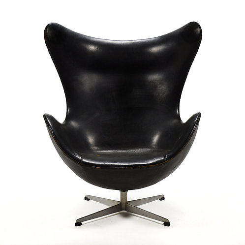 Jacobsen 1st Generation Egg Chair