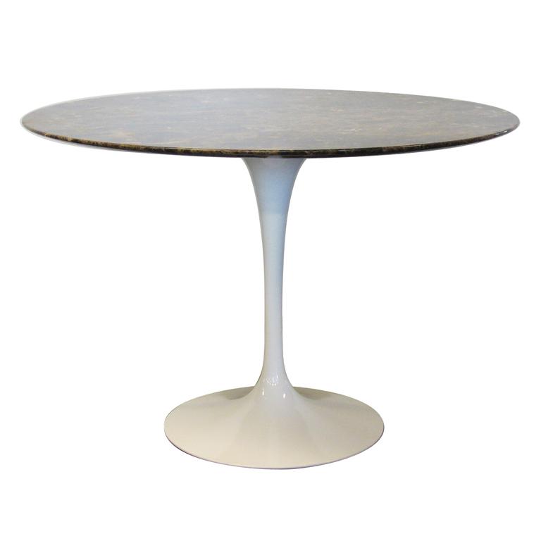 Saarinen Tulip Table with Marble Top