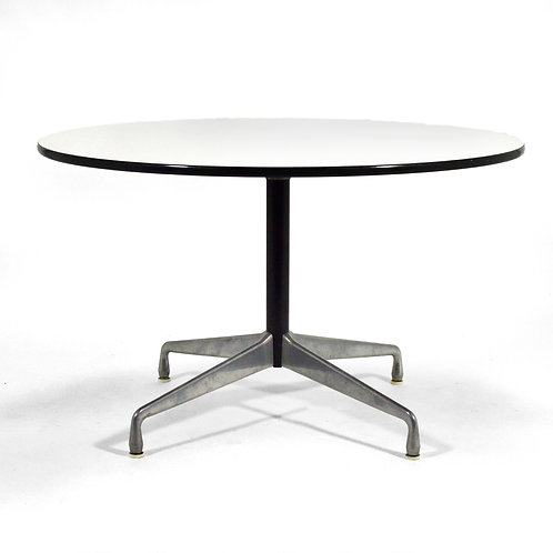 Eames Dining Table and Chairs by Herman Miller