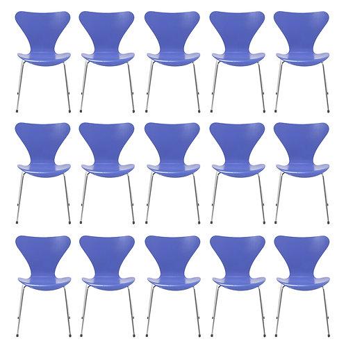 Arne Jacobsen Series Seven Chairs by Fritz Hansen