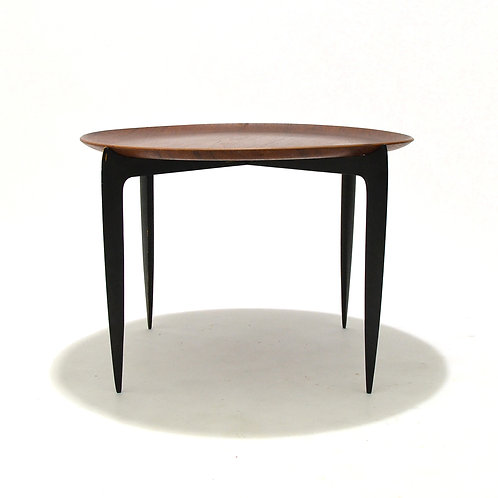 Willumsen & Engholm Tray Top Table by Fritz Hansen