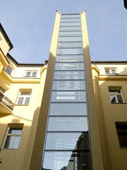 08-Lift-Green-Lift-Panoramic-in-Warsaw