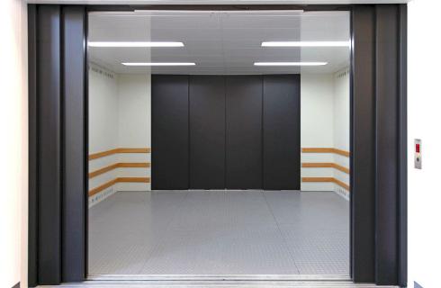GRandi impianti 3 1-Goods-Passenger-Lift