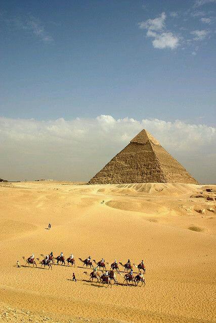 Egypt Pyramids in the Zenobia Book Series