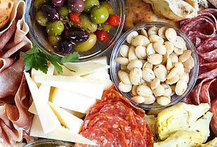 Antipasto-Appetizer-Cheese-BoardIMG_2772