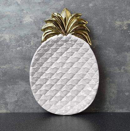 Large pineapple dish
