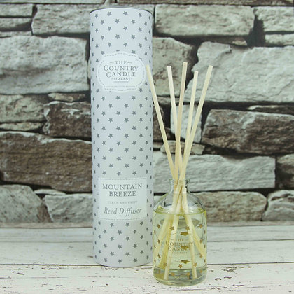 The Country Candle Company Mountain Breeze Reed Diffuser