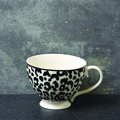 CANDLELIGHT Footed Mug With Leopard Skin Print
