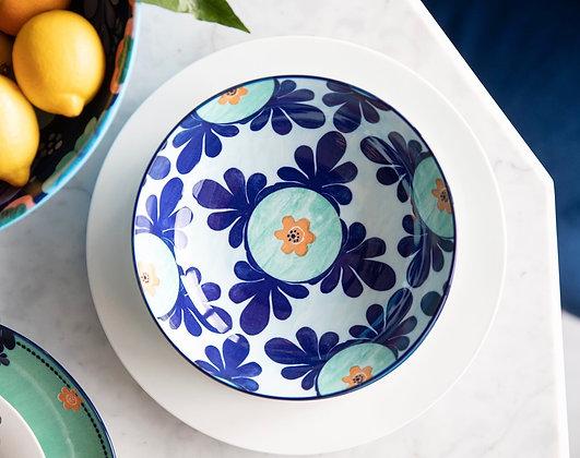 Majolica bowl 20 cms