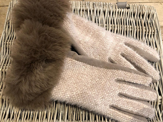 Two Tone Textured Gloves with Faux Fur Trim - BEIGE