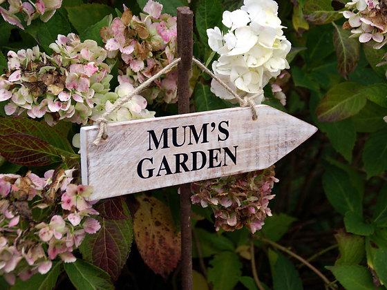 Mum's Garden Wooden Sign